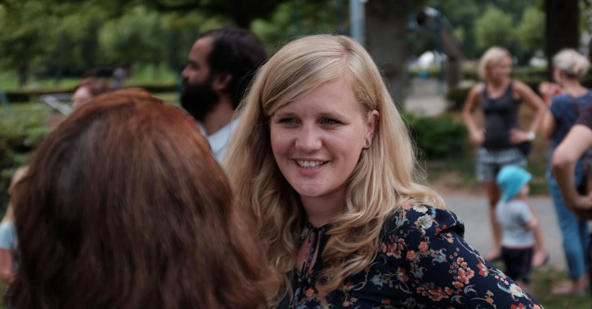 Gastfamilien für Schülerinnen und Schüler aus den USA gesucht. Josephine Ortleb, MdB, unterstützt interkulturellen Austausch